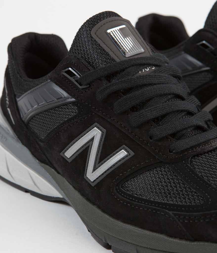 sports shoes 26450 77631 New Balance 990 v5 Made In US Shoes - Black / Silver