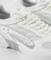 Nike Air Ghost Racer Shoes - White / Pure Platinum - Sail