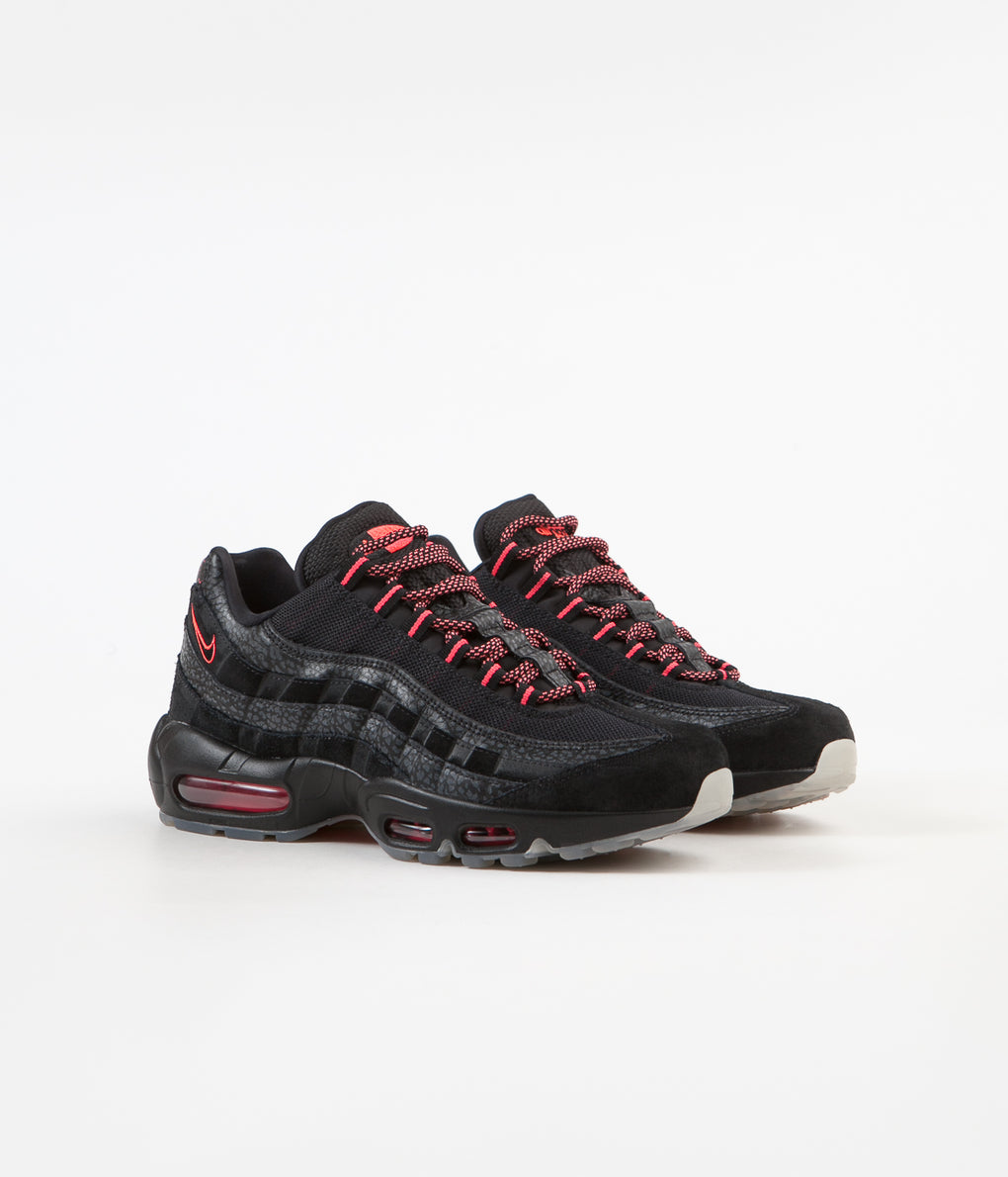 Nike Air Max 95 Shoes - Black / Infrared