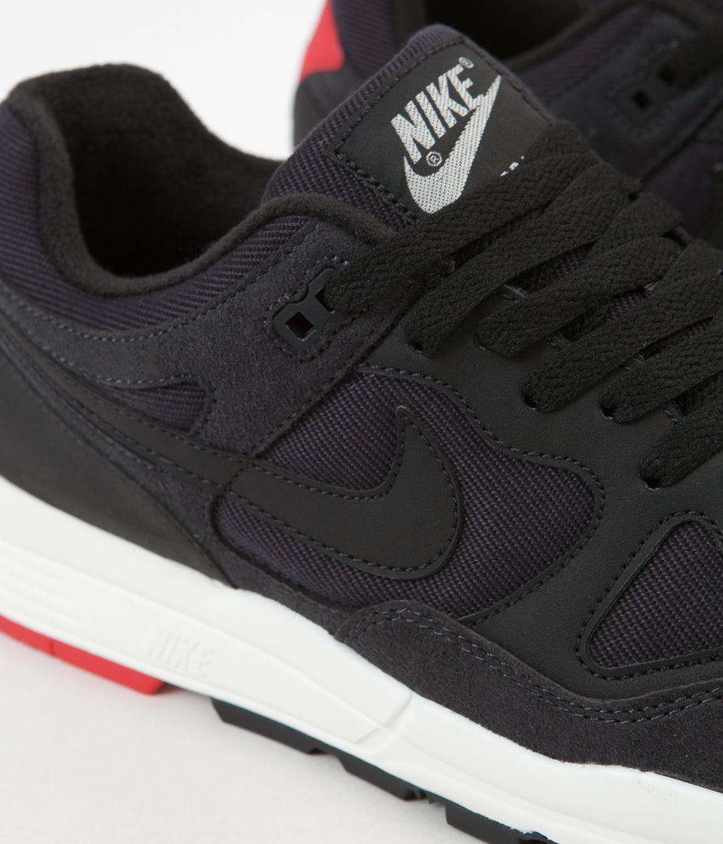 Nike Air Span II SE Shoes - Oil Grey / Black - University Red - Sail