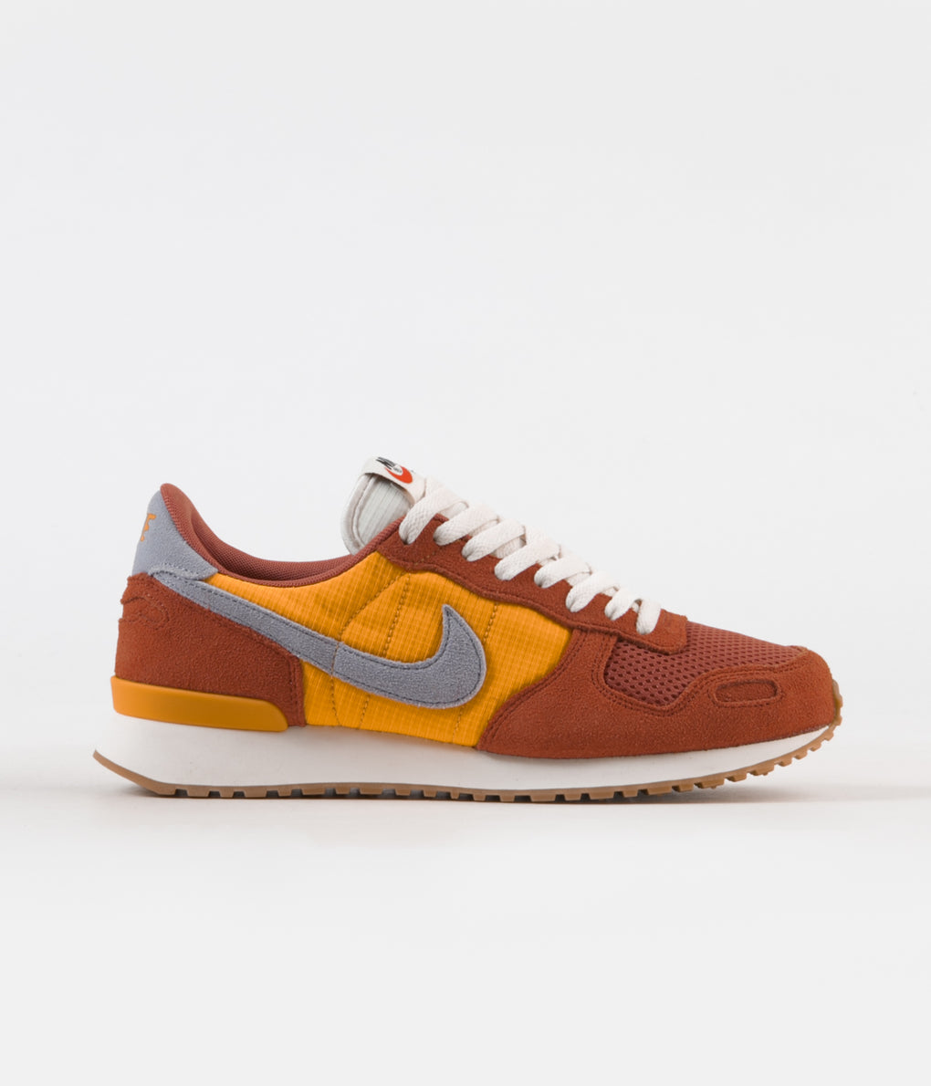 Nike Air Vortex Shoes - Dusty Peach / Obsidian Mint - Laser Orange