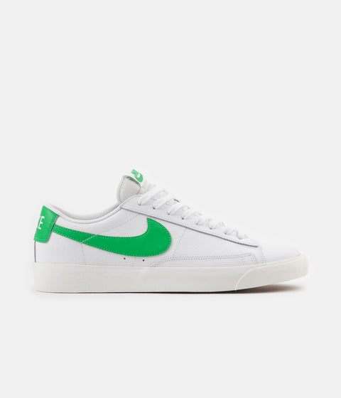 Nike Blazer Low Leather Shoes - White / Green Spark - Sail