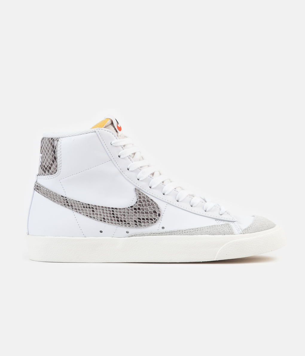 Nike Blazer Mid 77 Vintage Shoes - White / Sail