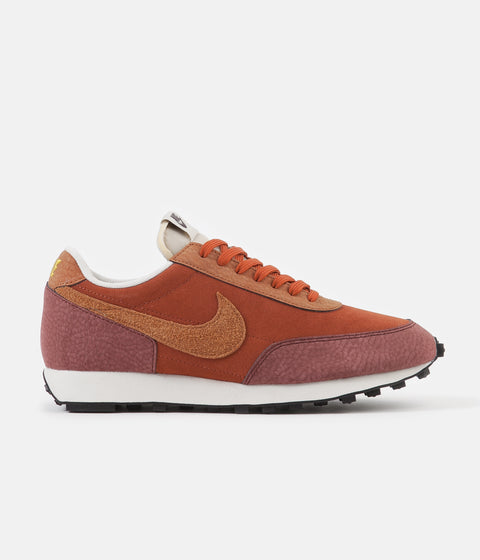 Nike Daybreak Shoes - Rugged Orange / Desert Orange - Pueblo Brown