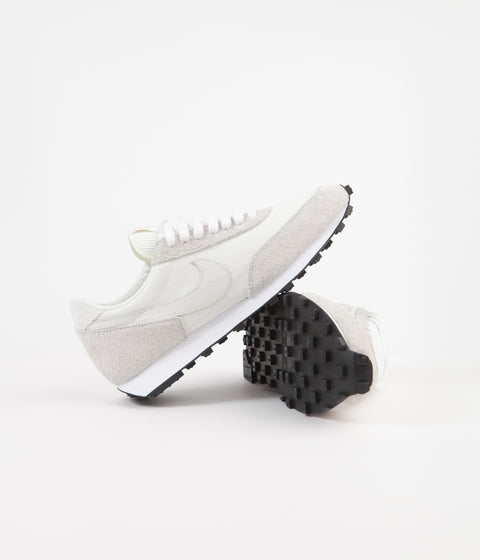 Nike Daybreak Shoes - Sail / Phantom - White - Black