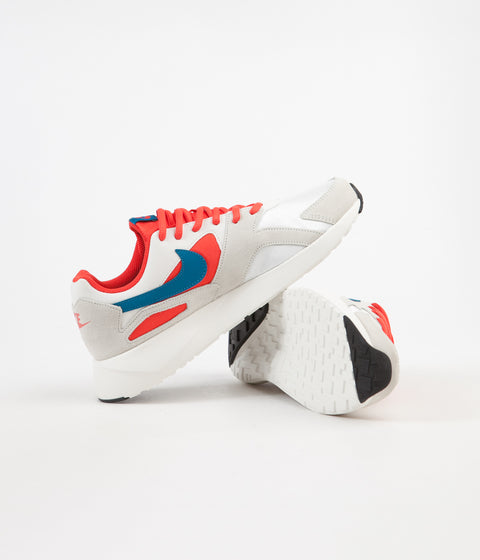 Nike Pantheos Shoes - Summit White / Green Abyss - Habanero Red