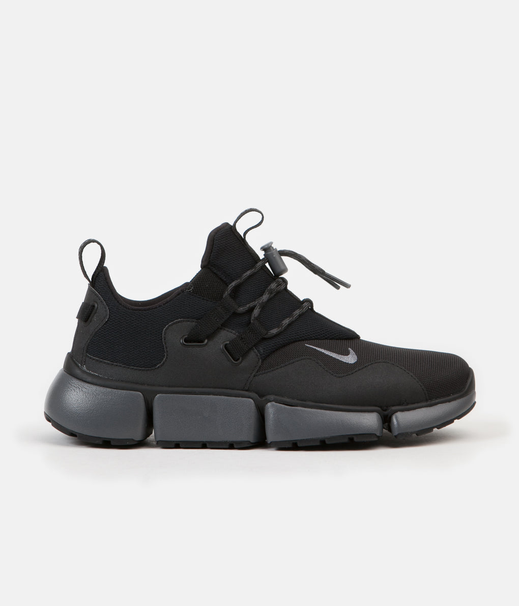 Nike Pocketknife DM Shoes - Black / Dark Grey - Anthracite