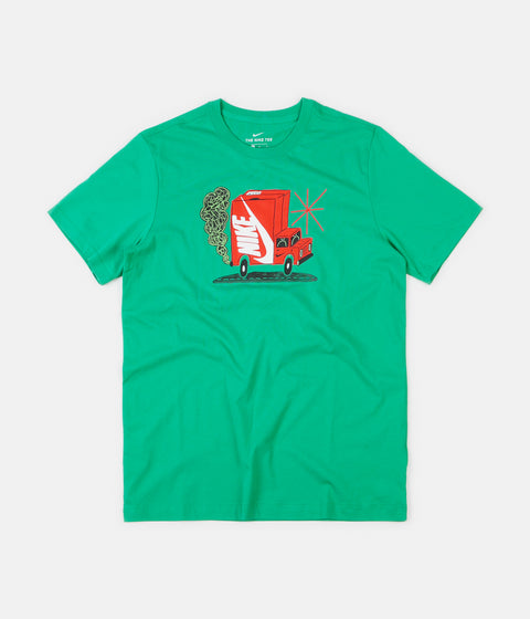 Nike Seasonal Truck T-Shirt - Kinetic Green