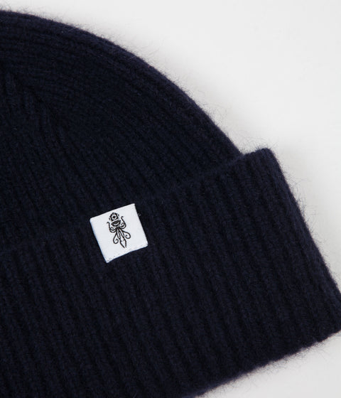 Submariner  Dawn Treader Merino Beanie - Navy