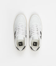 Veja Womens V-10 Leather Shoes - Extra White / Black