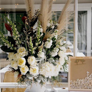 Wedding Floral Arrangement Mordialloc Florist. Photo by Perla Photography