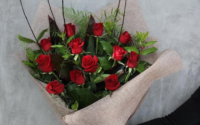 Real Florist. Real Flowers. Melbourne Online Delivery. Same Day | Say it with Roses