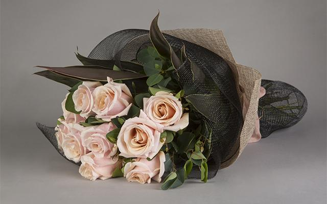 Real Florist. Real Flowers. Melbourne Online Delivery. Same Day | Mother of Pearl Wrap