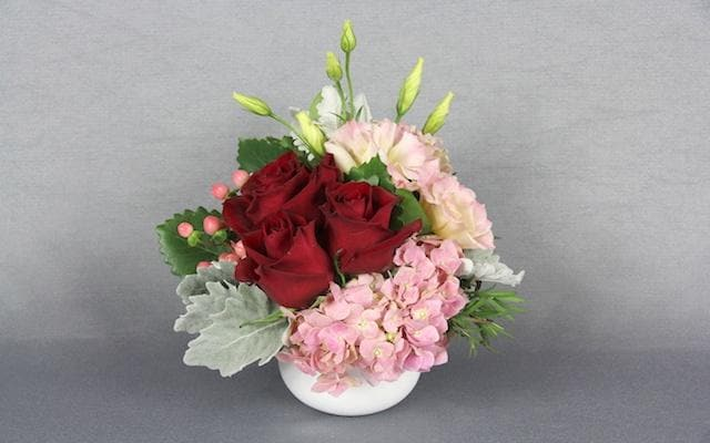 Real Florist. Real Flowers. Melbourne Online Delivery. Same Day | Little Smooch