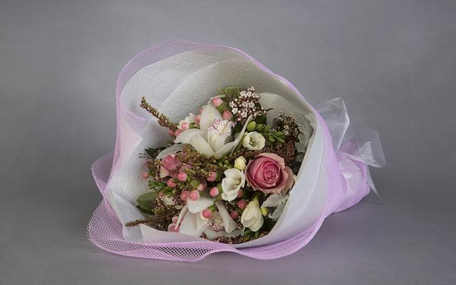 Real Florist. Real Flowers. Melbourne Online Delivery. Same Day | Petite Trio Posy Pastel
