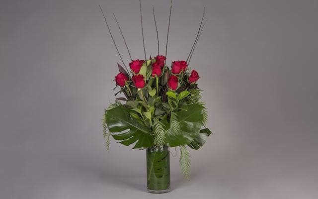 Real Florist. Real Flowers. Melbourne Online Delivery. Same Day | Love Is All Around