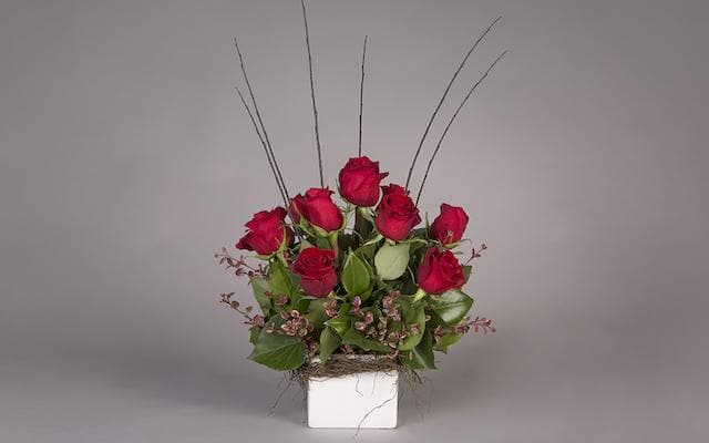 Real Florist. Real Flowers. Melbourne Online Delivery. Same Day | Size Doesn't Matter