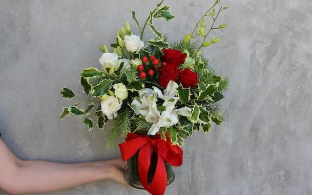 Real Florist. Real Flowers. Melbourne Online Delivery. Same Day | Festive Posy Jar