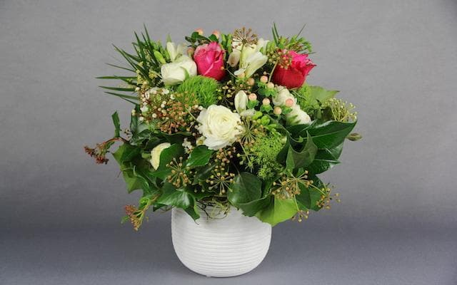 Real Florist. Real Flowers. Melbourne Online Delivery. Same Day | Sweet Fragrant Posy