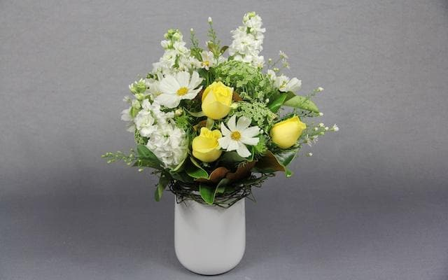 Real Florist. Real Flowers. Melbourne Online Delivery. Same Day | Easter Arrangement
