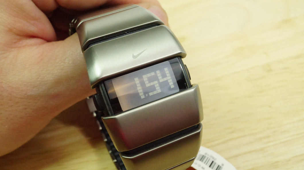 Nike D Line Titanium Mens Watch - WC0007-001 - Rare !!-Welwyn Watch Parts