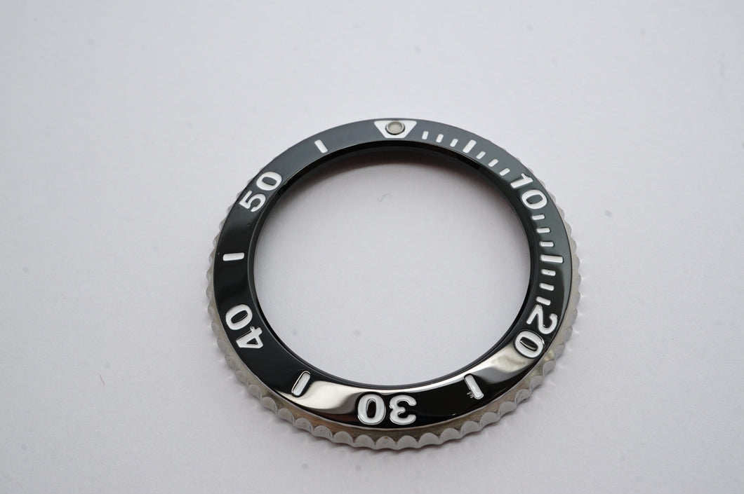Seiko Rotating Bezel - Black Insert - Solar Diver - Model V145-0AA0 - SNE0011-Welwyn Watch Parts