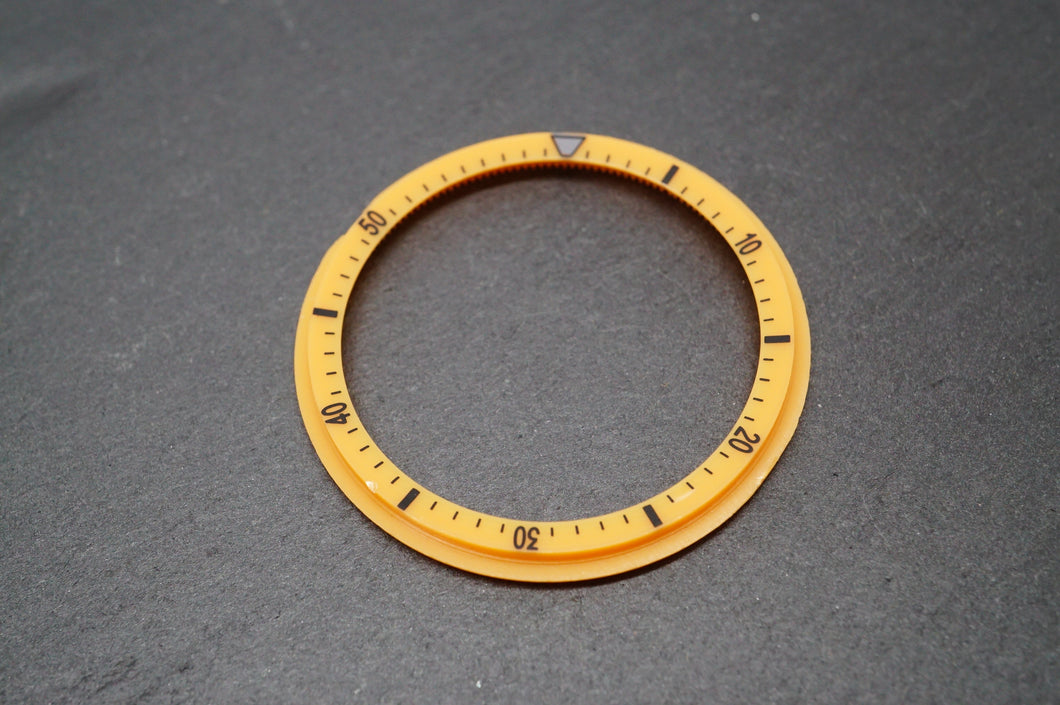 Seiko Chronograph - 6139 -Yellow Inner Rotating Insert - Aftermarket-Welwyn Watch Parts
