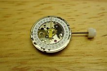 Tag Heuer Calibre 2 Automatic Ladies ( ETA 2000 ) NOS Movement - Serviced-Welwyn Watch Parts