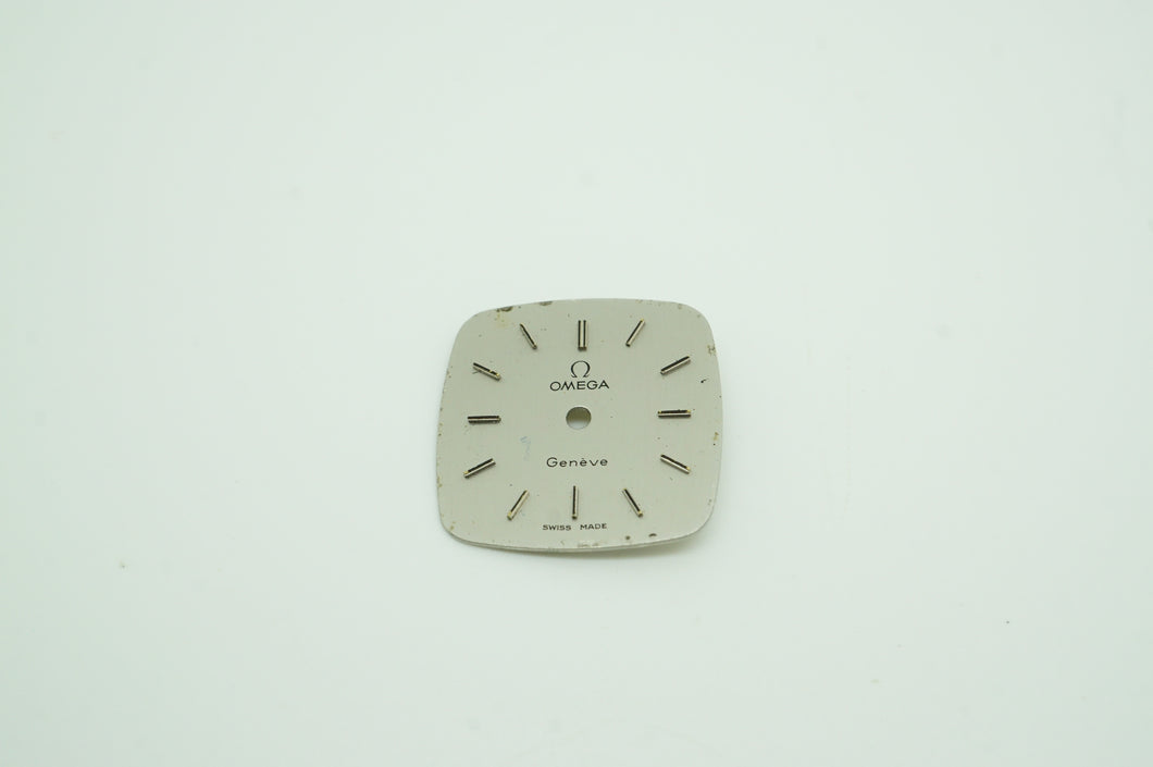 Omega Calibre 625 Silver Dial - Square 18mm - Used-Welwyn Watch Parts