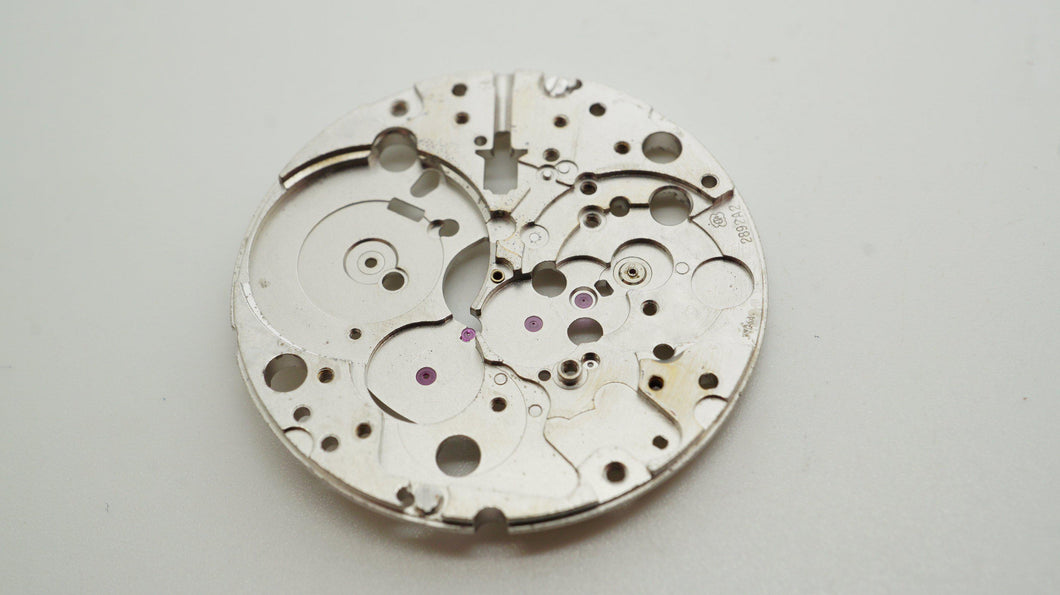 Omega - Calibre 1109 - Mainplate - Used-Welwyn Watch Parts