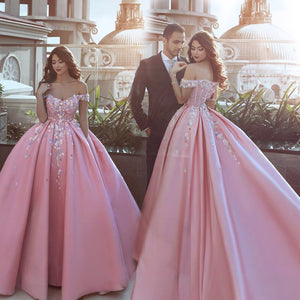 WD0211 Pink off the shoulder flower Ball Gown Prom Dress Appliques Lace Satin Wedding Dress Reception Gown 2018