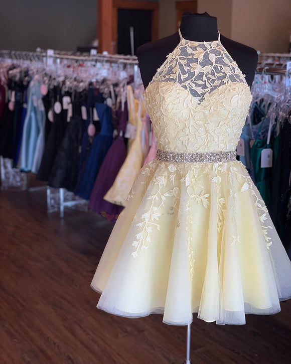 Lovey Yellow Halter Short Prom Dresses Lace Homceoming Party Gown
