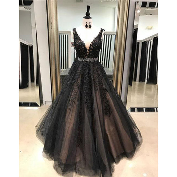 Fancy Dreamy Deep V Neck Black  Lace Embroidered Prom Dresses Girls Graduation Gown