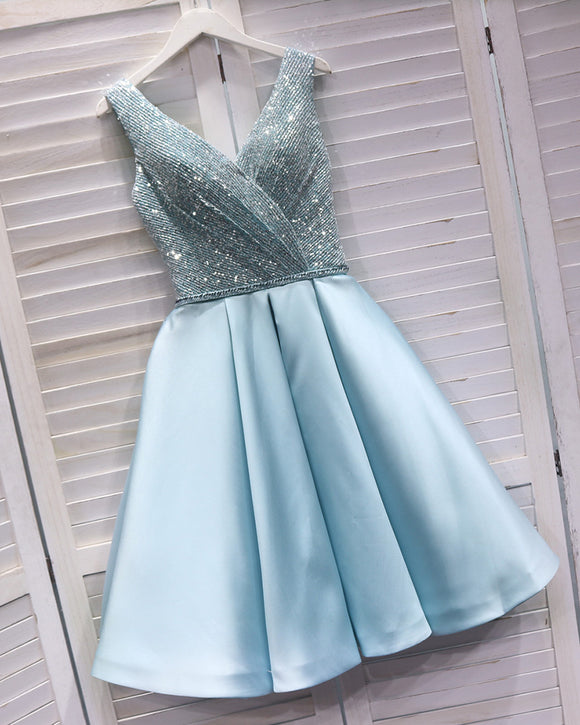 Sexy V Neck Light Blue V Beck Short Prom Dress Semi Formal Cocktail Homecoming Dress with Sequins SP08210