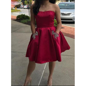 Sexy Backless Short Homecoming Dress Semi Formal Party Gown with Pocket SP0121