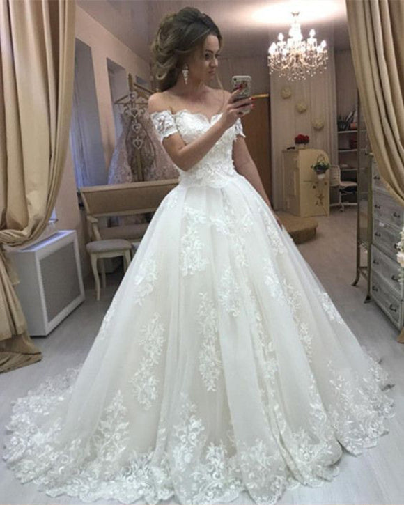 46760b7568 Romantic Women Ball Gown Wedding Dresses 2019 lace Off the Shoulder Bridal  Gown