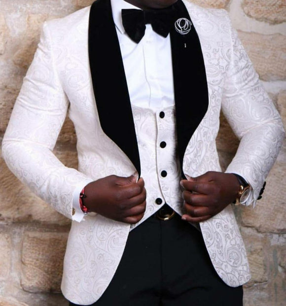 Men 2021  Suit Brand New Groomsmen Shawl Lapel Groom Tuxedos Red/White/Black Men Suits Wedding Best Man Blazer (Jacket+Pants+Bow Tie+Vest)