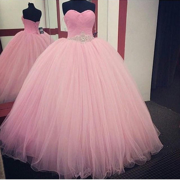 Pink Ball Gown Quinceanera Dresses 2017 Beaded vestidos de 15 anos