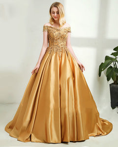 Off the Shoulder Gold Lace Ball Gown Quinceanera Dress for Sweet 16 Wedding Dress with