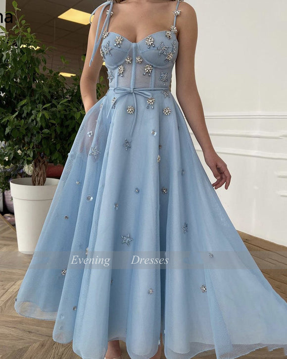 Mesh Net Tulle Prom Dresses Baby Blue Spaghetti Straps A-Line Party Dresses Crystals Tea-Length Short Formal Gowns SP10112