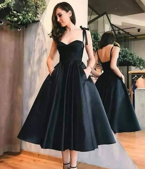 Elegant Sweetheart Black Tea Length Short Evening Party Dresses with Straps PL9952