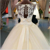 Luxury Country Train Scoop Neck Lace Appliqued Ball Gown Bridal Dress Princess Wedding Dress with Belt