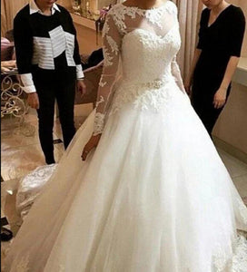 2018 Vintage Long Sleeves Lace Wedding Dress Prince Bridal Ball Gown ...