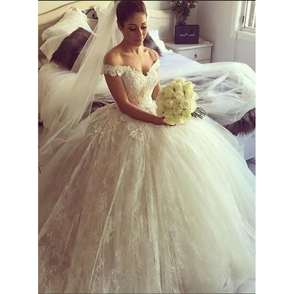 Chic Court Train Lace Ball Gown Wedding Dress With Straps Robe De Mariee 2018
