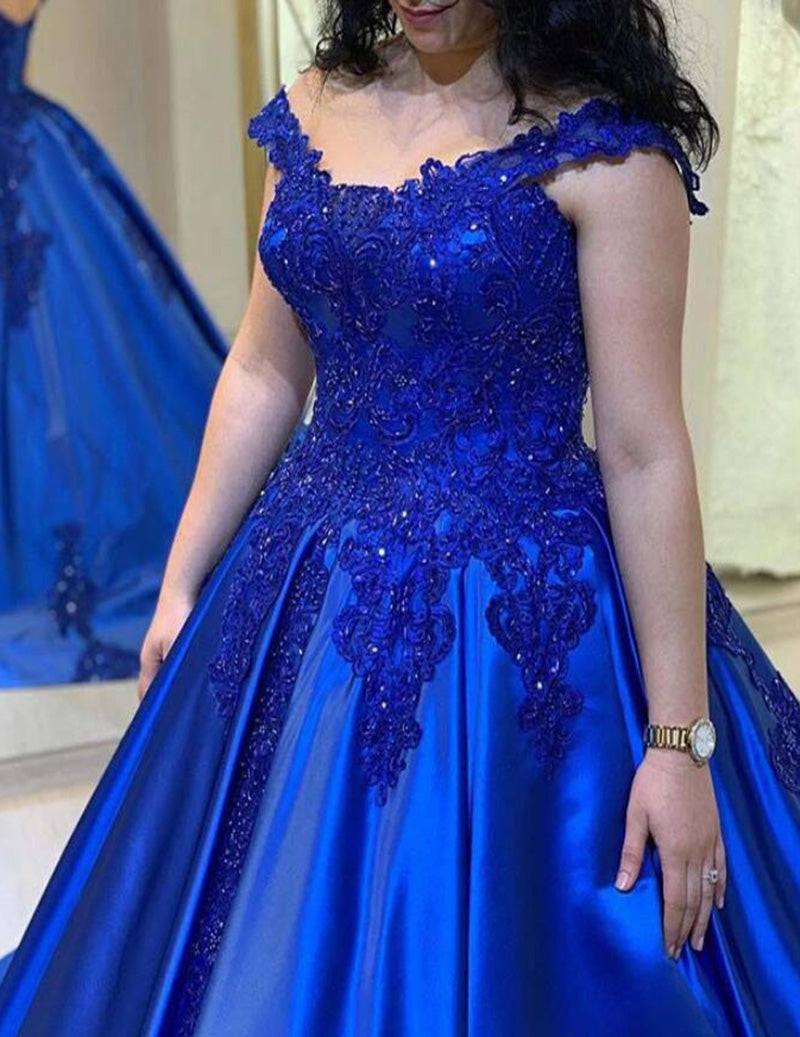 Hills in Hollywood Chermside: Bridesmaids - Formal Dresses