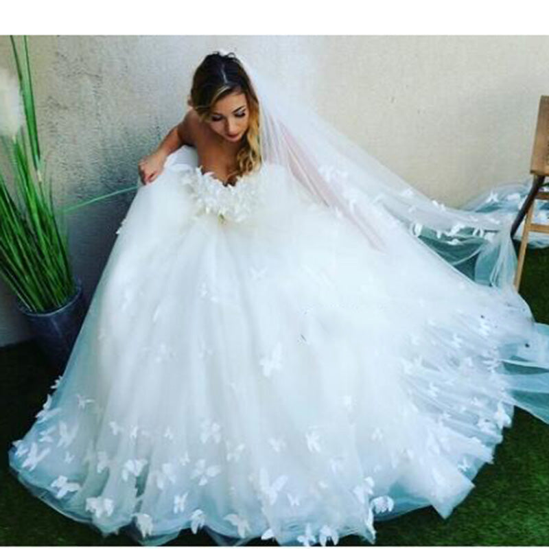 Butterfly Wedding Gown: WD3358 Romantic Custom Made Butterfly Wedding Dress