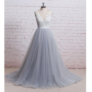WD1401 Chic Ivory and Grey A Line Romantic Tulle Bridal Gown,V neck Lace Formal Prom Dress 2018