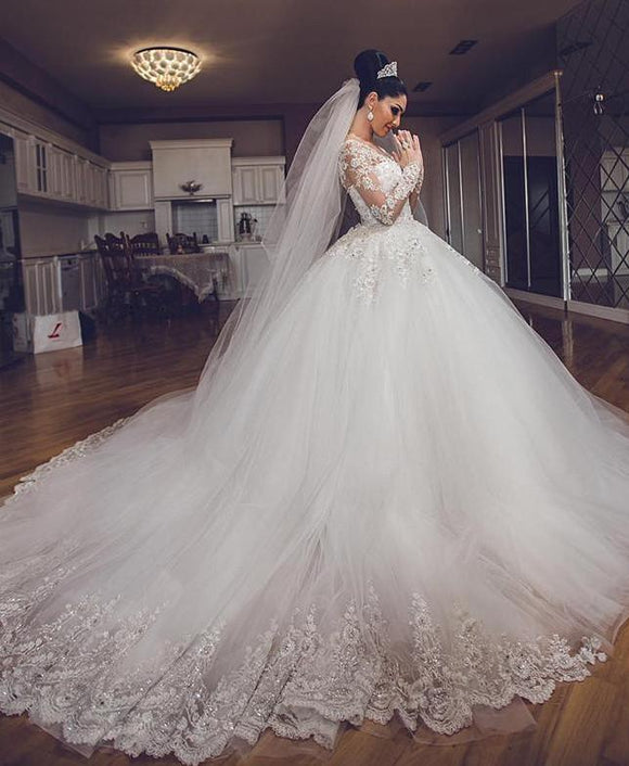 Vintage Long Sleeves Lace Wedding Dresses Luxury Bride Gown 2018 WD254