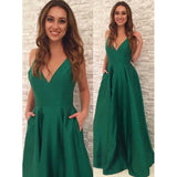 Elegant Emerald Green Spaghetti Straps Long Prom Dresses 2020 LP0528
