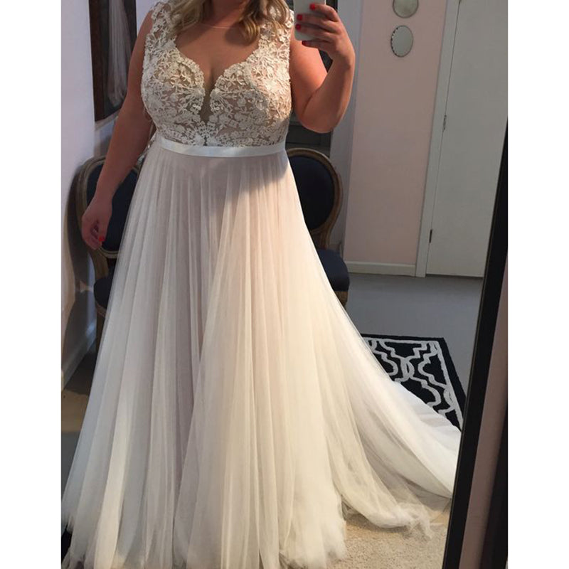 Plus Size Dresses To Wear To A Wedding: Elegant Simple Lace Tulle A Line Beach Wedding Dress Plus